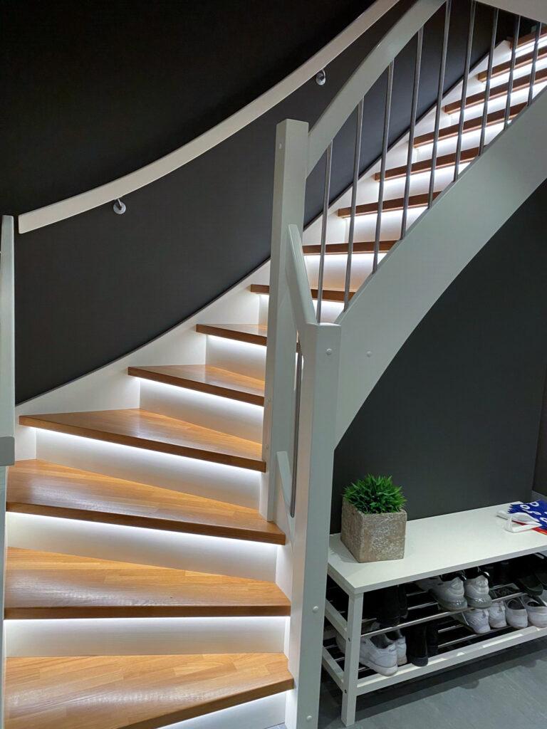 Led lys i trapp